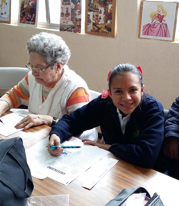 Colegio Buena Tierra, Community Service
