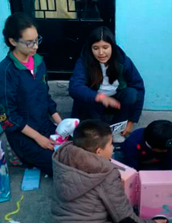 Colegio Buena Tierra, Servicio Social Comunitario