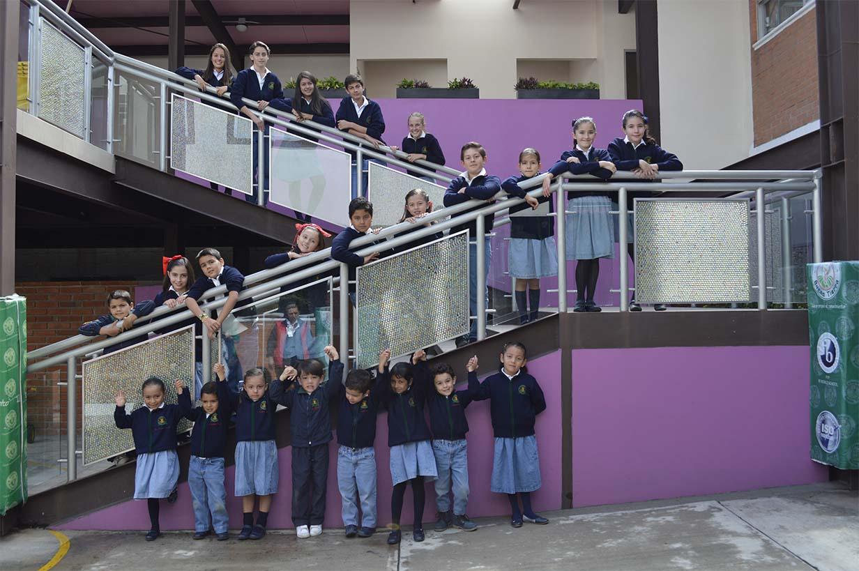 Colegio Buena Tierra, Contacto