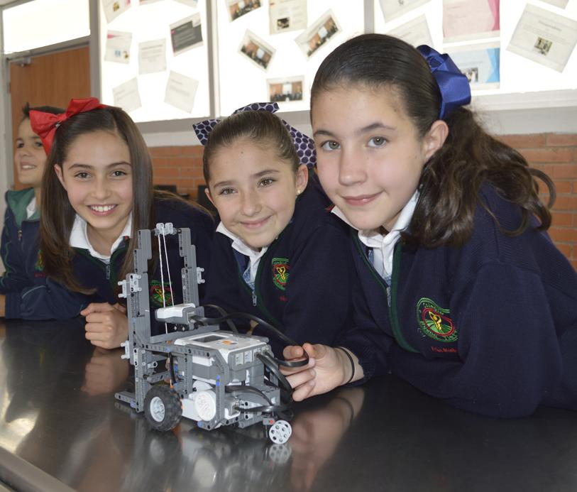 Colegio Buena Tierra, Salón de robótica
